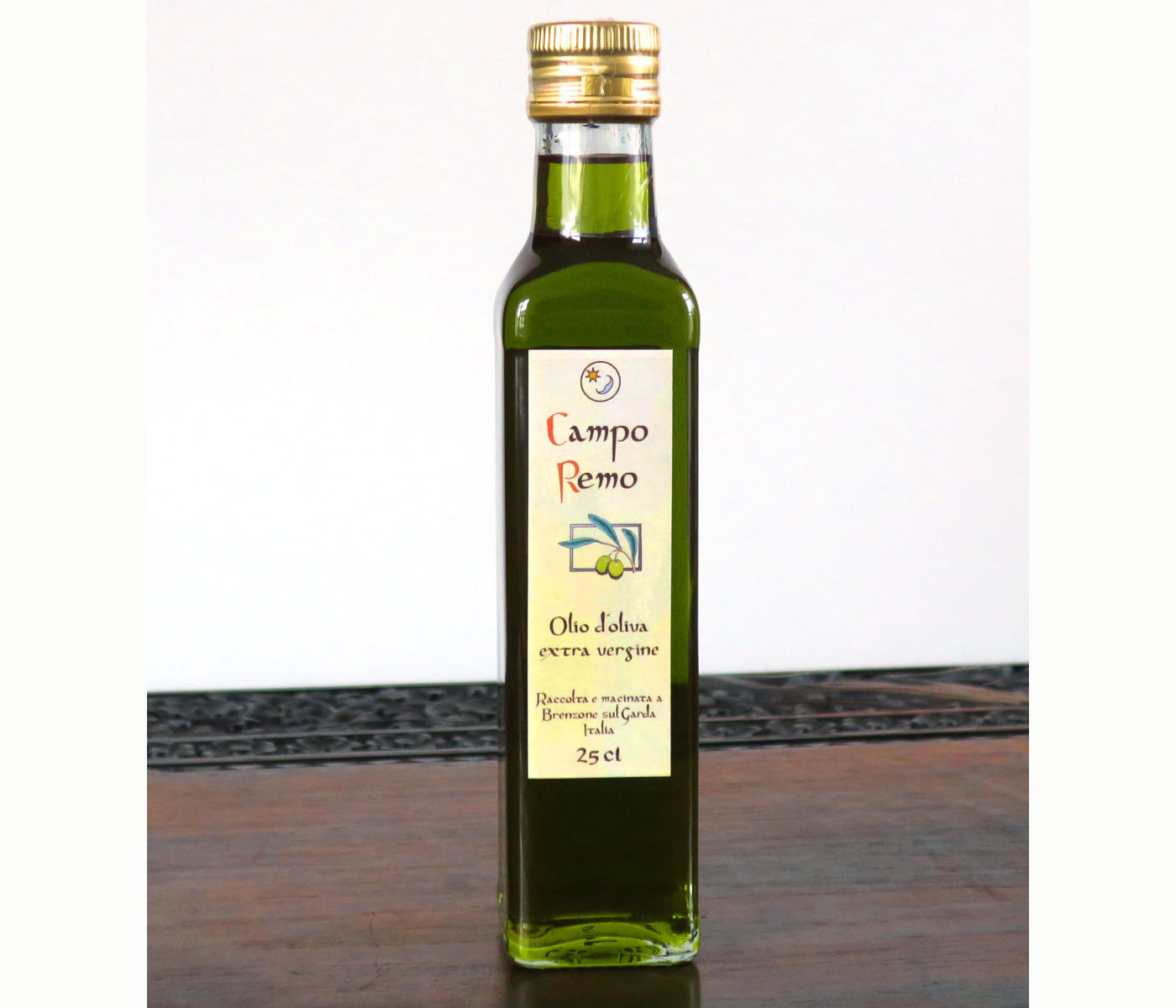 Olivenöl 25cl fruchtig grün in glasklarer Maraskaflache