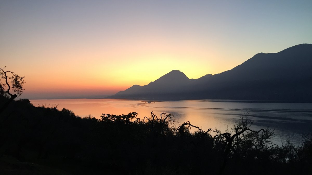 Sunset Lake Garda